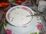 Okroschka: Kalte Gemüsesuppe mit Schmand, Lauch, Kartoffeln und Fleischwurst