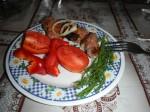 Schaschlik mit Tomaten und Dill